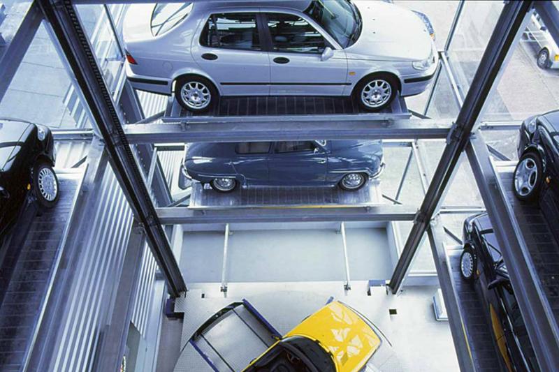 car display tower
